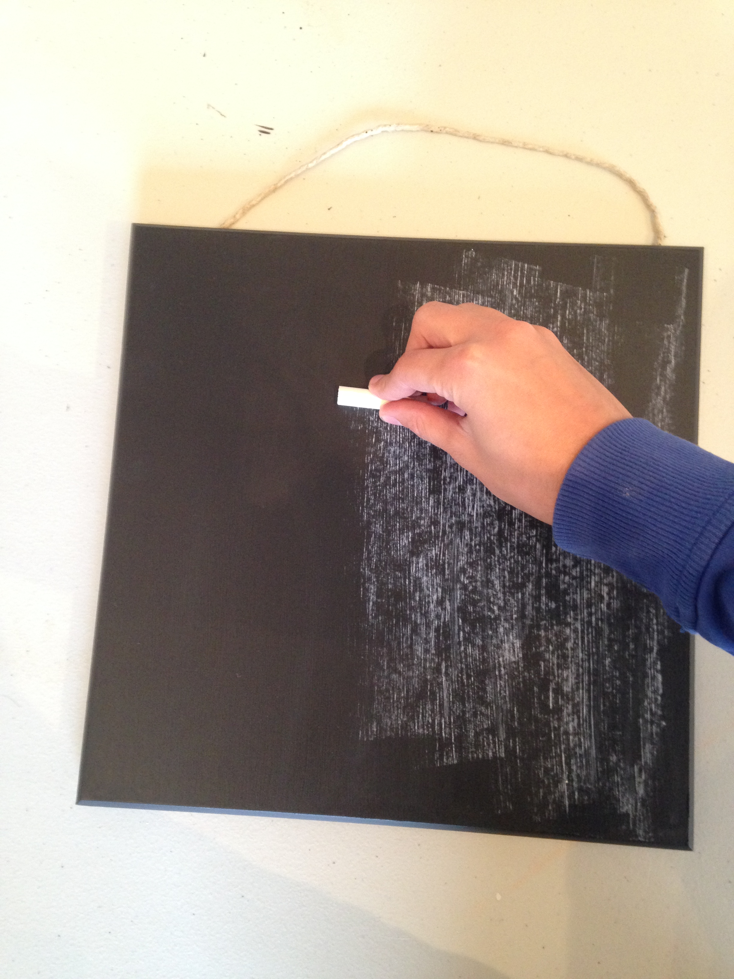 Make your own Chalkboard with Fusion™ Mineral Paint! 2