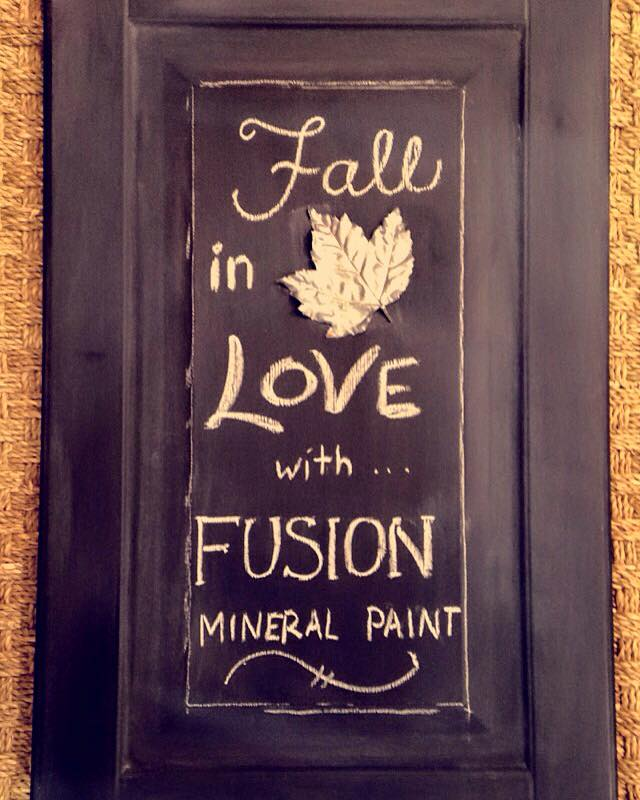 Make your own Chalkboard with Fusion™ Mineral Paint! 4