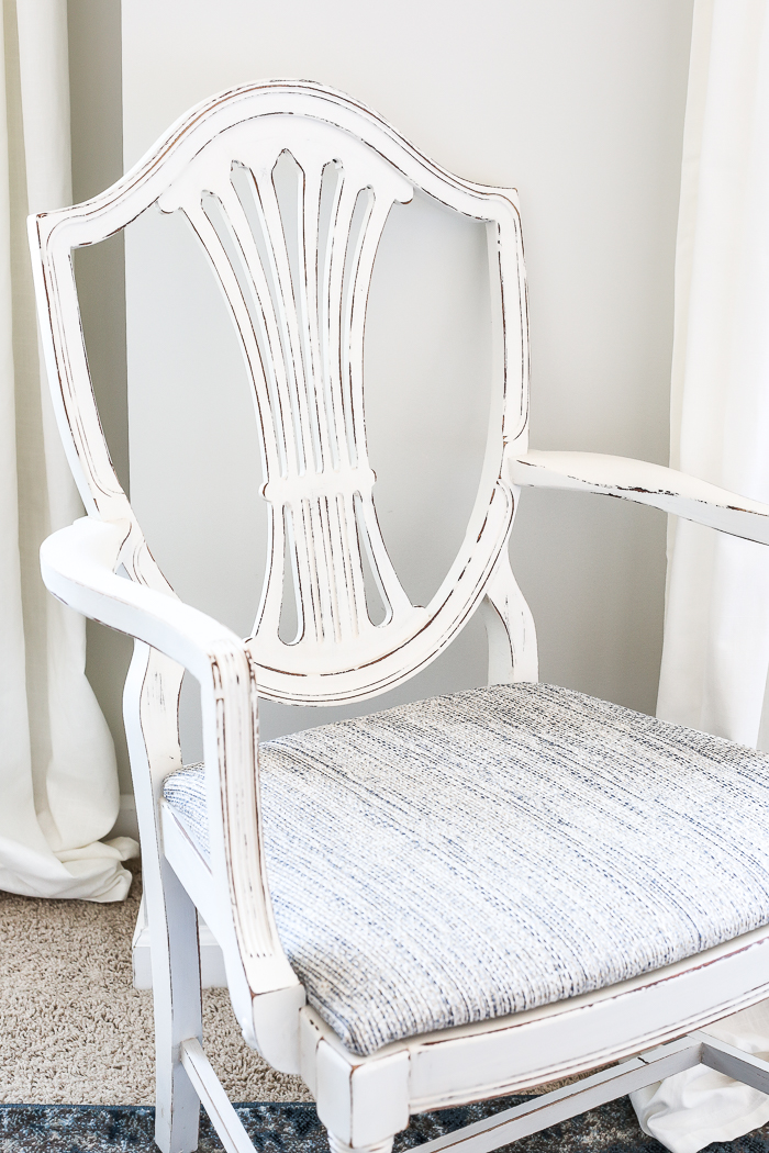The most perfect Off White Distressed Chair using Fusion from Bless'er House. | fusionmineralpaint.com