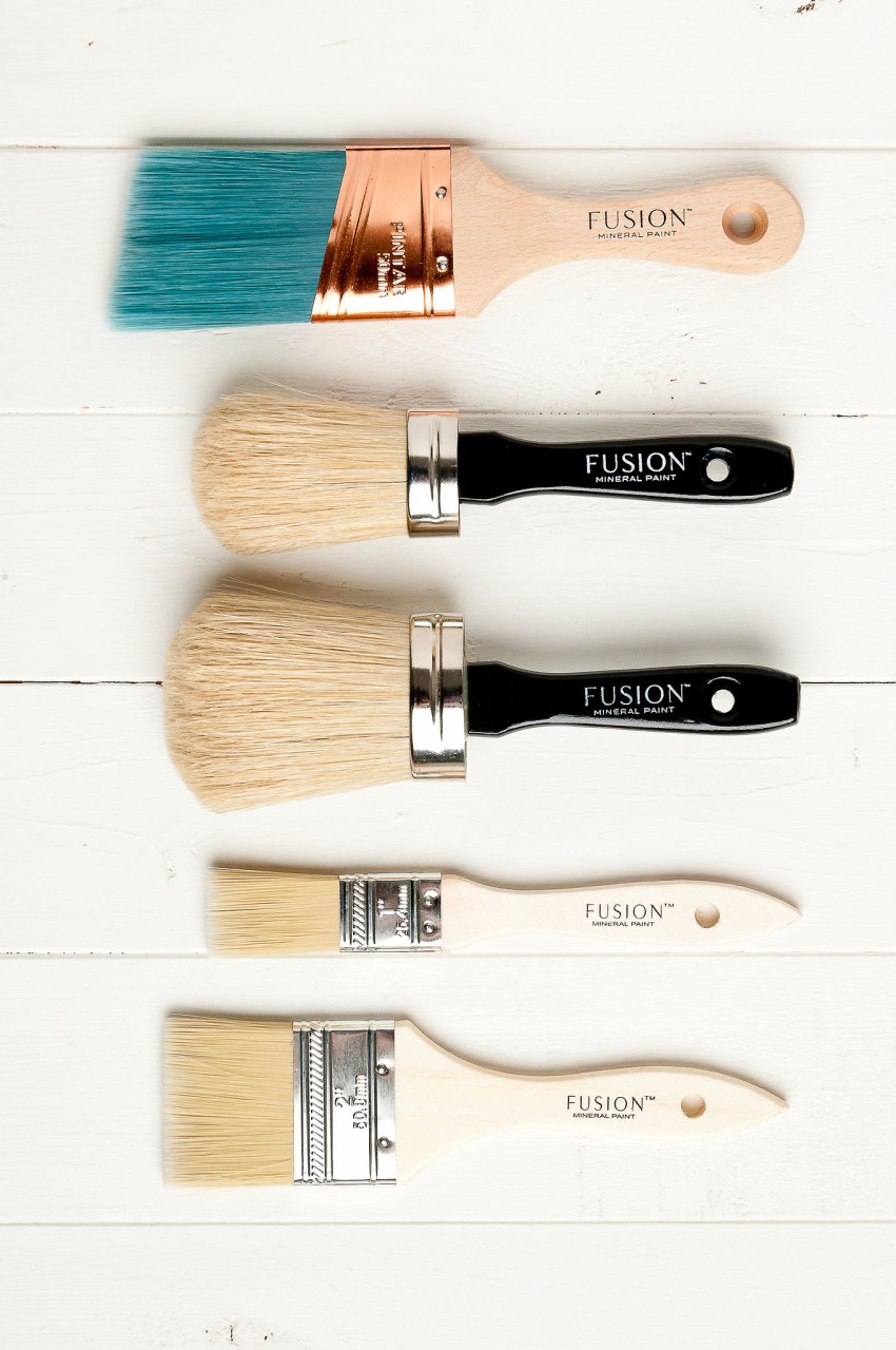 For a flawless finish use a Fusion Mineral Paint brush