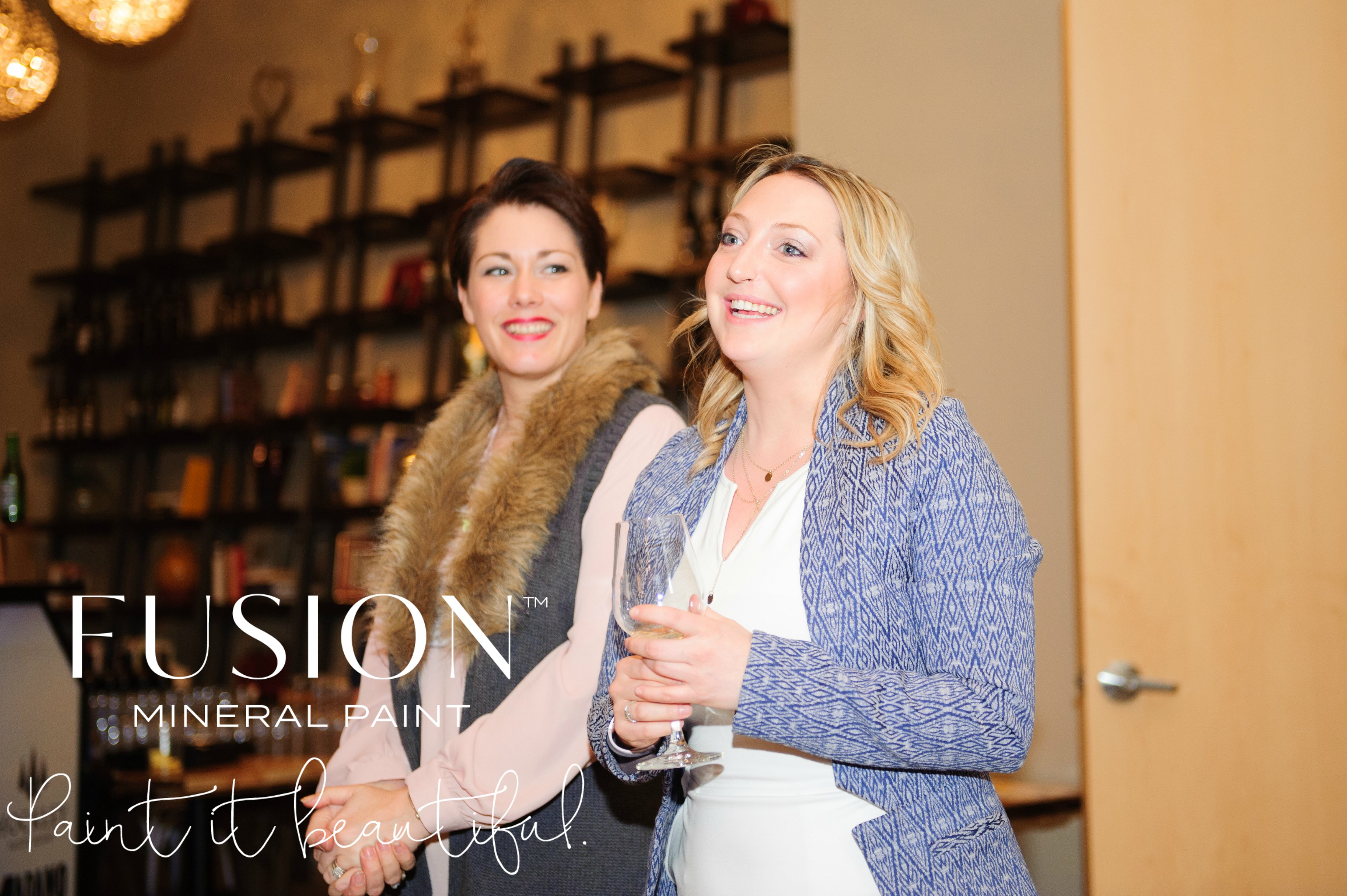 Jennylyn Pringle President of Homestead House and Creator of Fusion Mineral Paint Giving a Speech at the event Conference and Retreat at Adamo Winery and Hockley Valley Resort and Spa. Become a Retailer today and enjoy these fabulous Merchant only benefits!