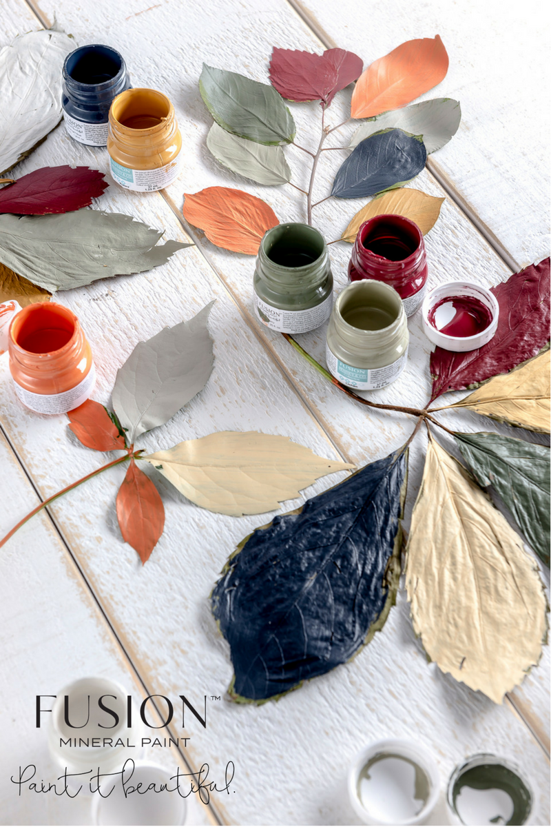 Fall is always a time we think about changing up the colours in our homes. Maybe a little injection of colour here and there, or a full-on makeover. Whatever your style, Fusion has just the right balance of 'Fall Inspiration' and ideas for you to decorate - big or small!\. | fusionmineralpaint.com