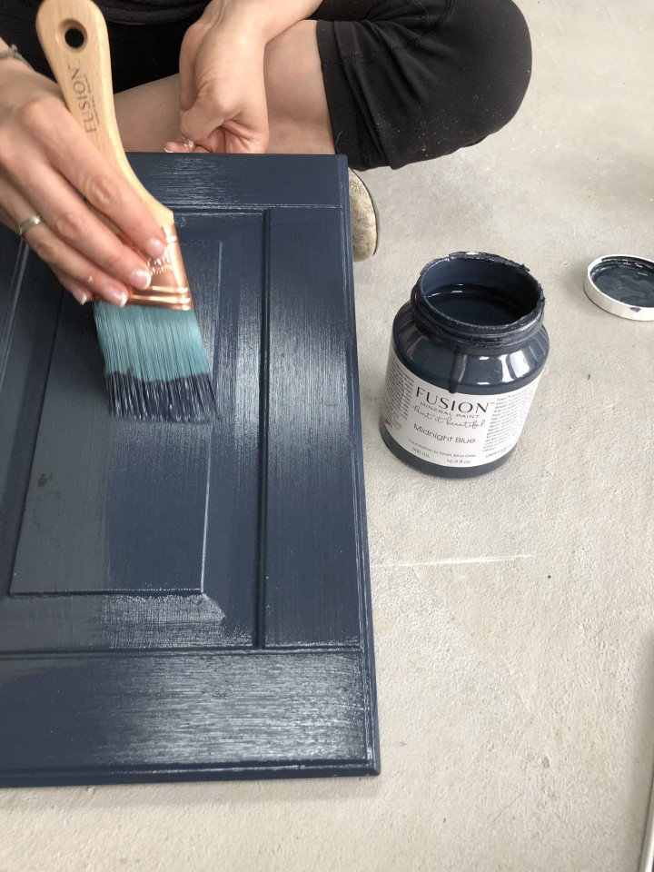How To Not Get Brush Strokes When Painting Fusion Mineral Paint