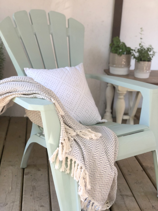 How To Paint Outdoor Furniture, What Is The Best Paint For Outdoor Wooden Furniture