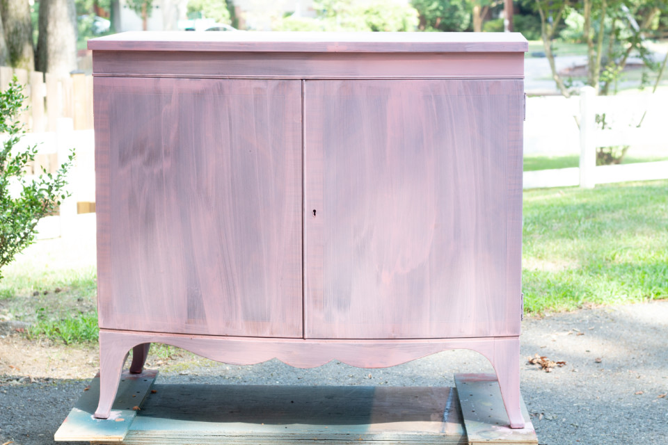 The colour that took the world by storm is still going strong! Using Fusion's line of Milk Paint and Bonding Agent, create a Millennial Pink Dresser out of an old piece of furniture. Grab the tutorial on the blog.