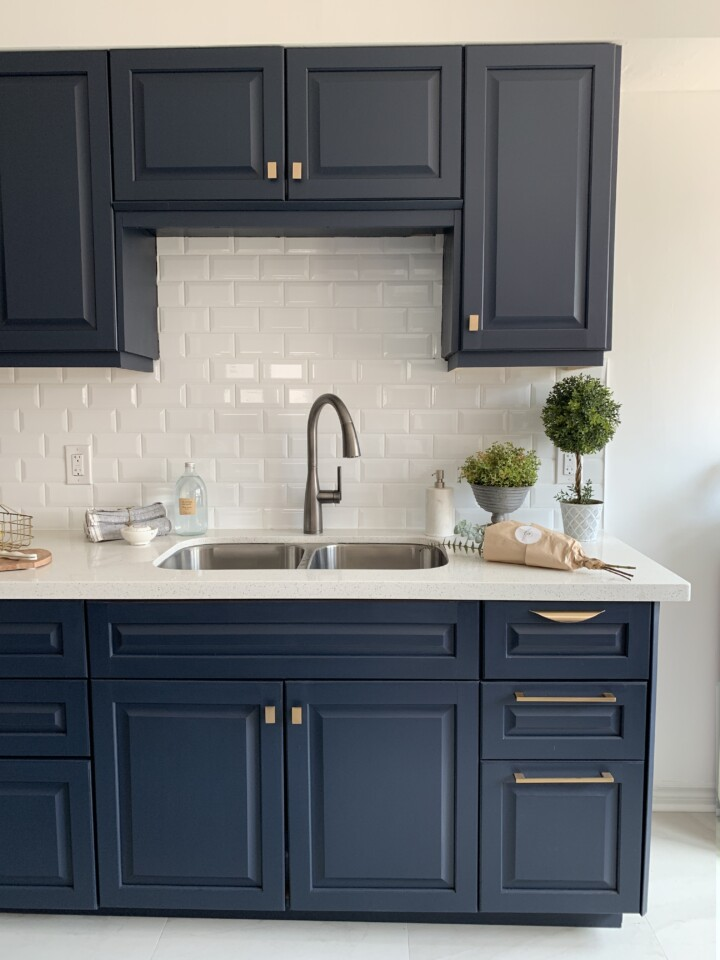 Midnight blue Painted kitchen - Fusion Mineral Paint
