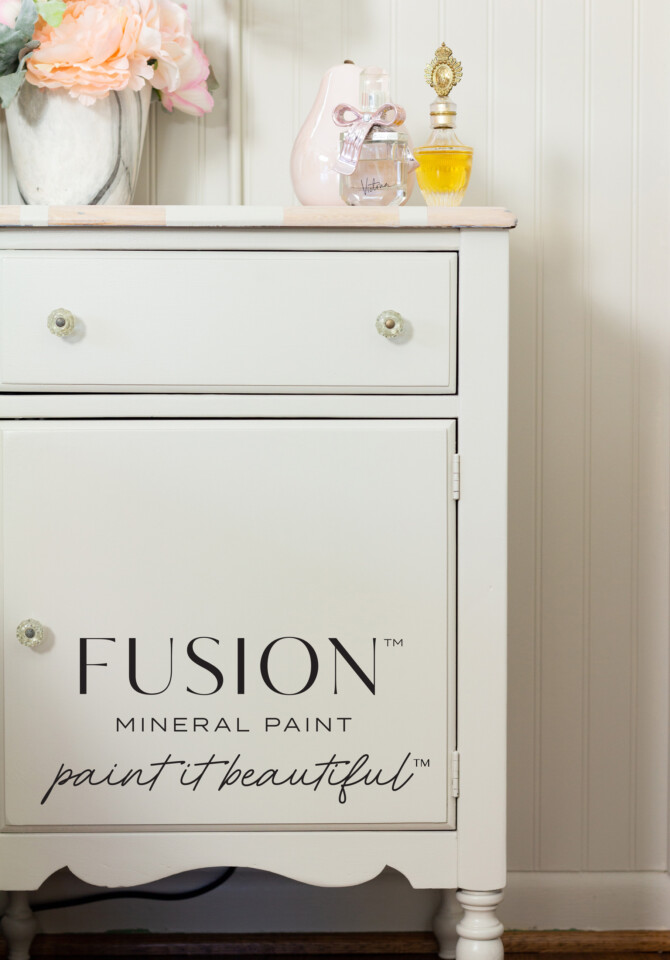 Painted night stand - Chateau